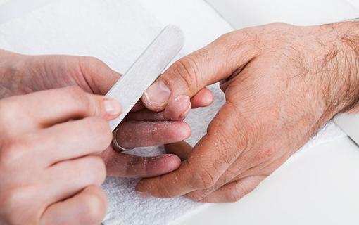 Male Grooming Gentleman's Manicure