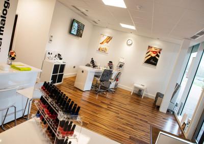 Studio-8-Beauty-Salon-reception