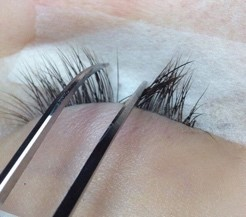 Russian Lashes application 2